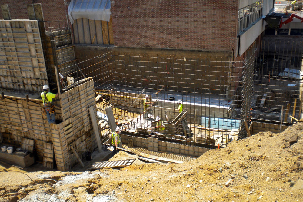 Kellogg Community College Lane Thomas Building foundation, floors, and exterior concrete by Moore Trosper Construction